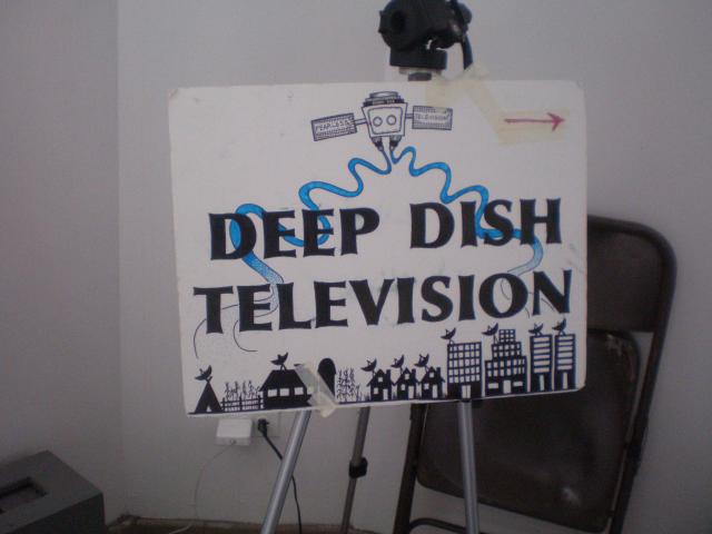 Deep Dish sign at the Left Forum