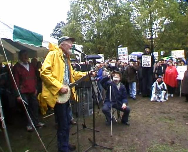 Pete Seegar Sings at a Protest Against the War in Iraq